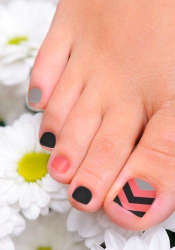 14 Black And Orange Toe Nail Design Images