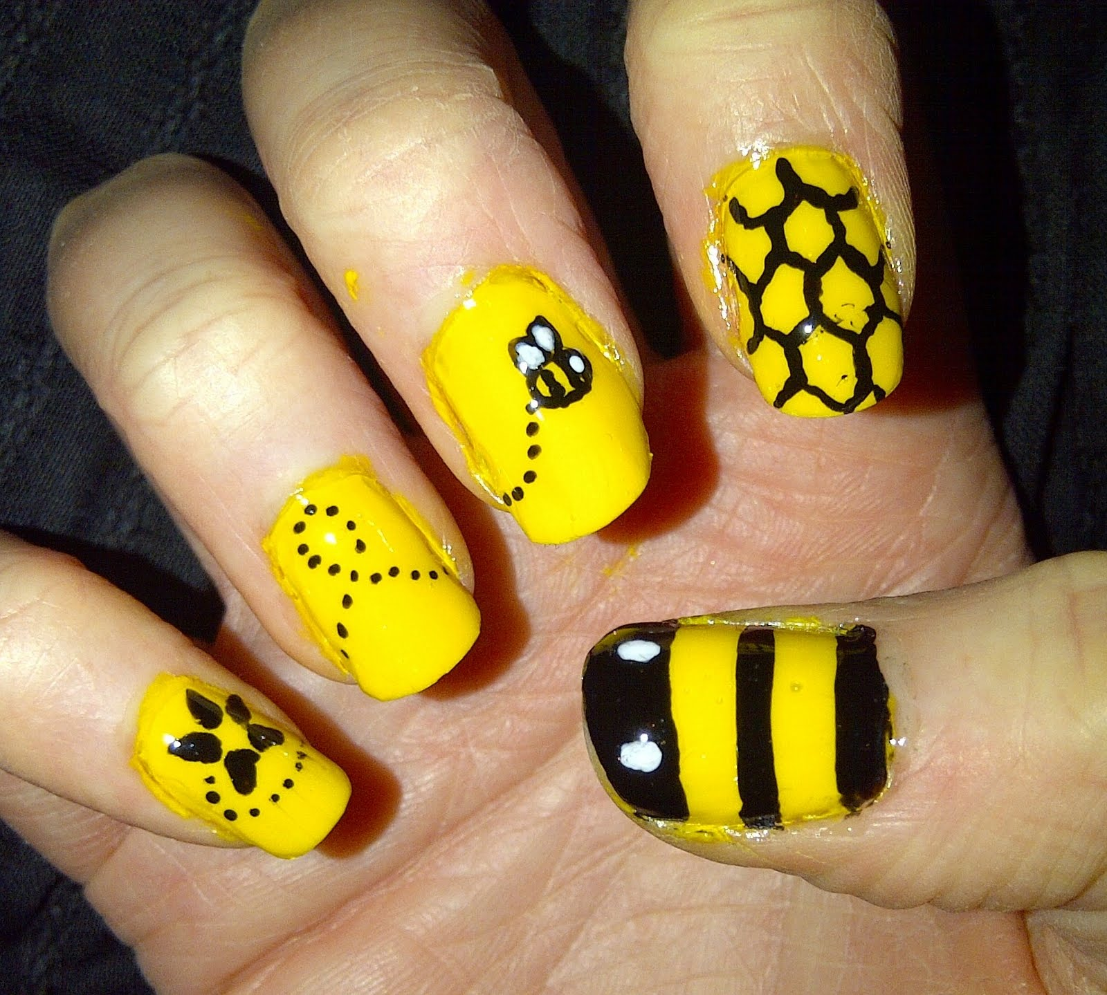 13 Bee Nail Designs Images