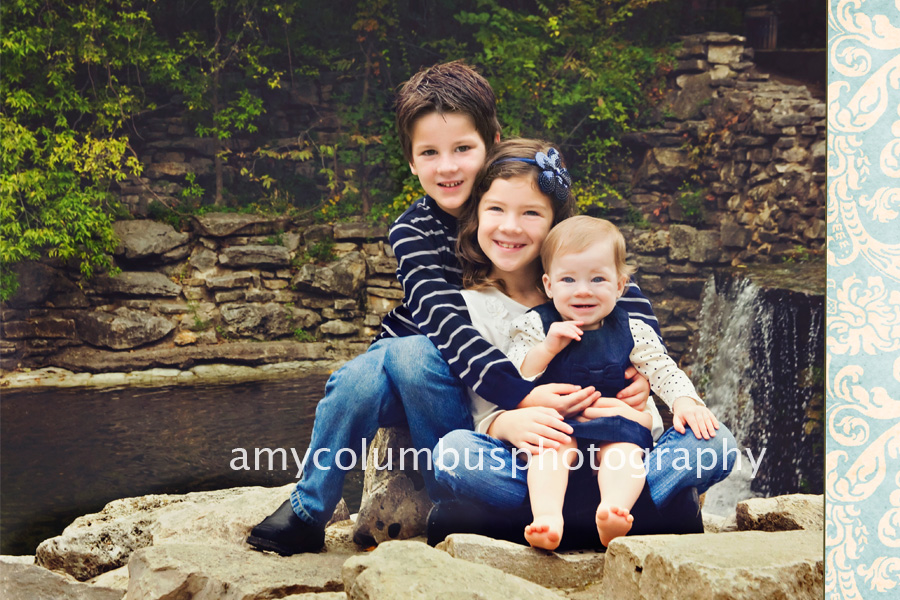 Outdoor Sibling Photography Ideas
