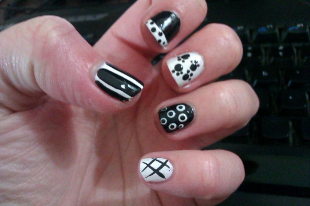 15 diy simple nail designs images easy diy nail art designs easy diy nail art designs solutioingenieria Gallery