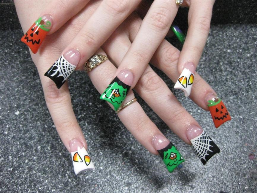 5 Halloween Nail Art Designs Images