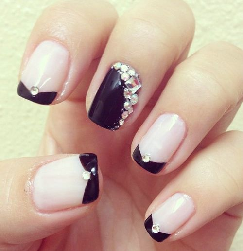 Nail Designs with Rhinestones