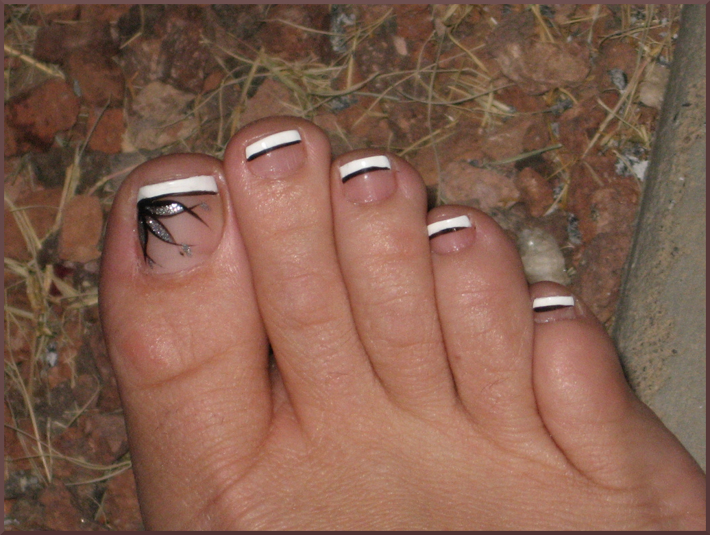 13 Toe Nail Designs With Lines Images - Simple Toe Nail