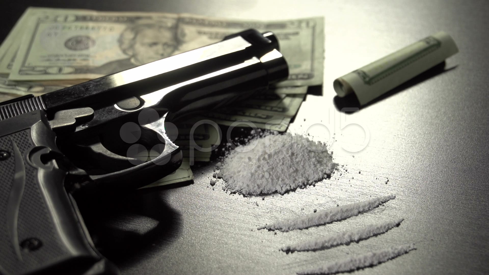 15 Guns And Money PSD Images