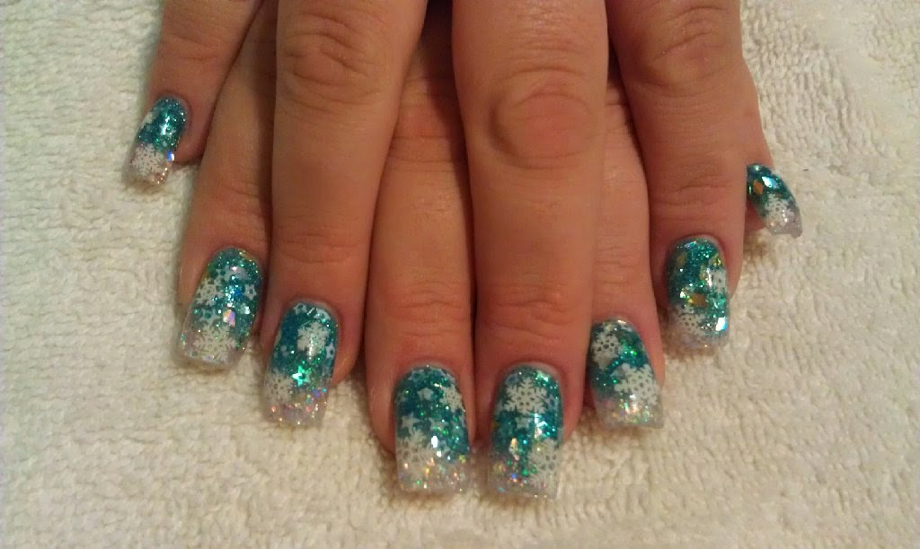 15 Christmas Acrylic Nail Designs 2015