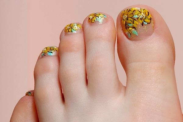 14 Cute Toe Nail Design Images
