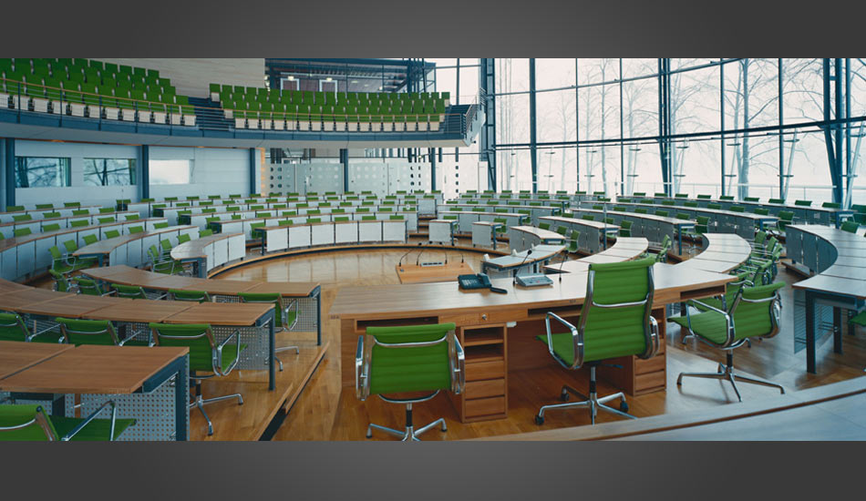 15 Higher Education Classroom Design Images