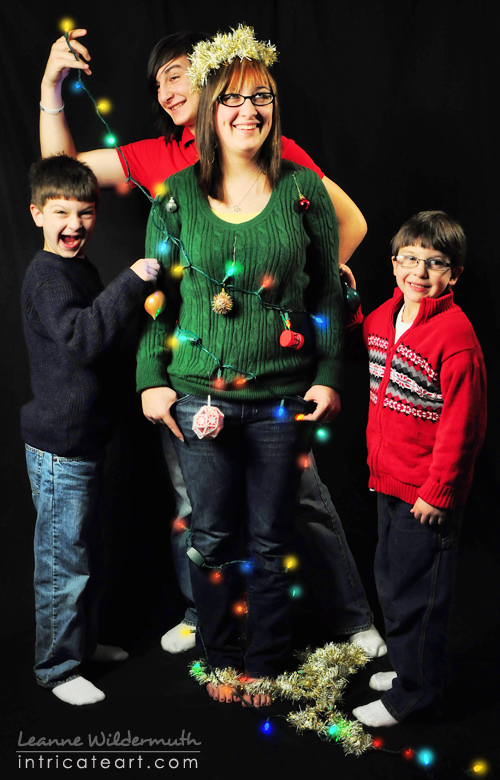 Funny Christmas Cards Poses for Siblings