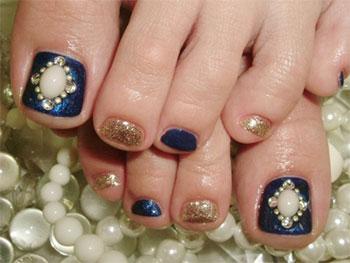 New Year Toe Nail Art Designs