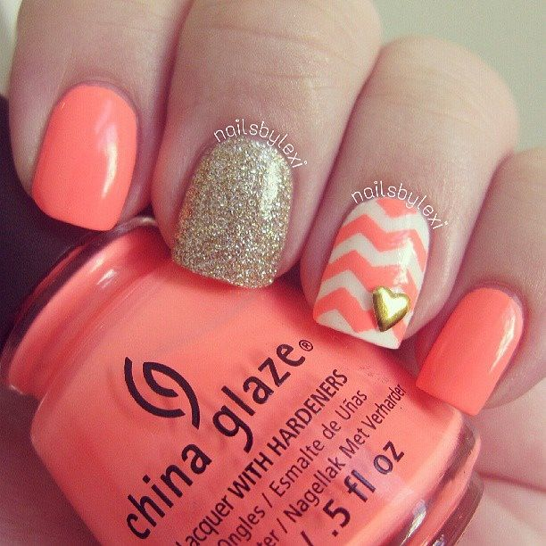 Peach Chevron Sparkled Nails