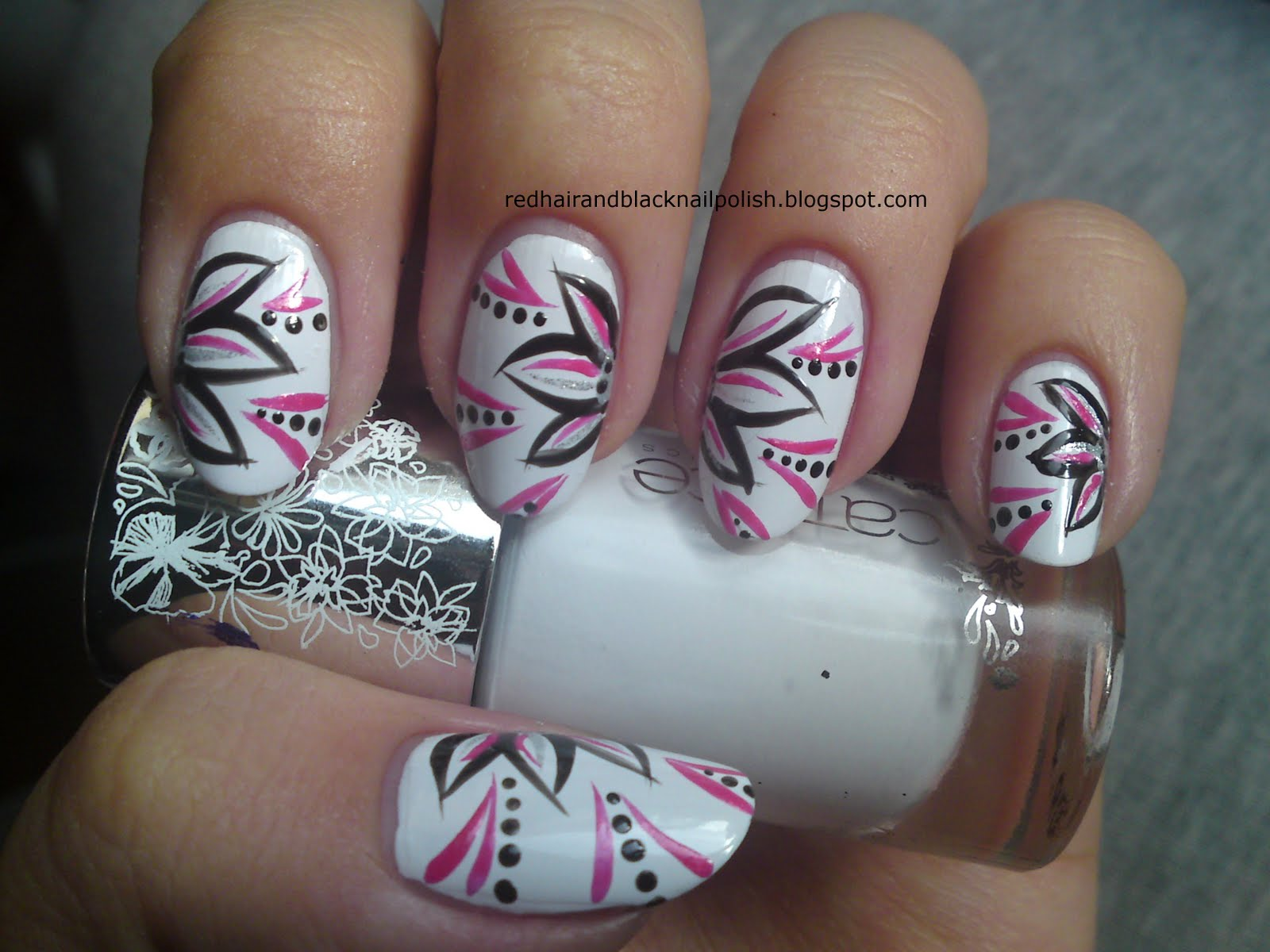 Simple Flower Toe Nail Art Designs