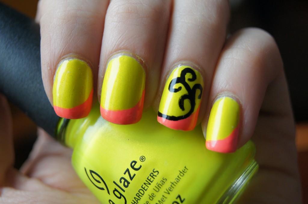 12 Bright Nail Art Designs Images