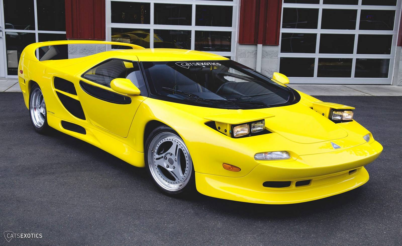 10 Yellow Vector M12 Images