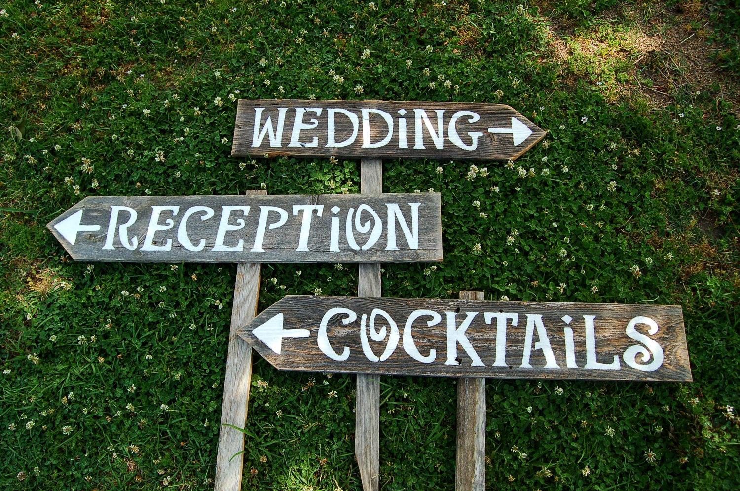 9 Hand Painted Wedding Sign Fonts Images
