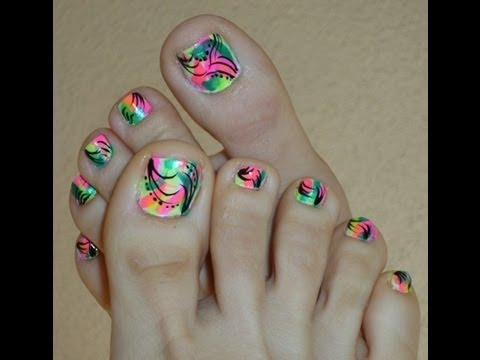 Bright Neon Color Toe Nail Designs