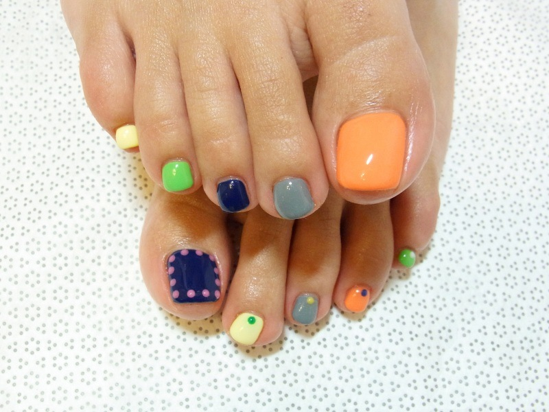 Colorful Pedicure Design