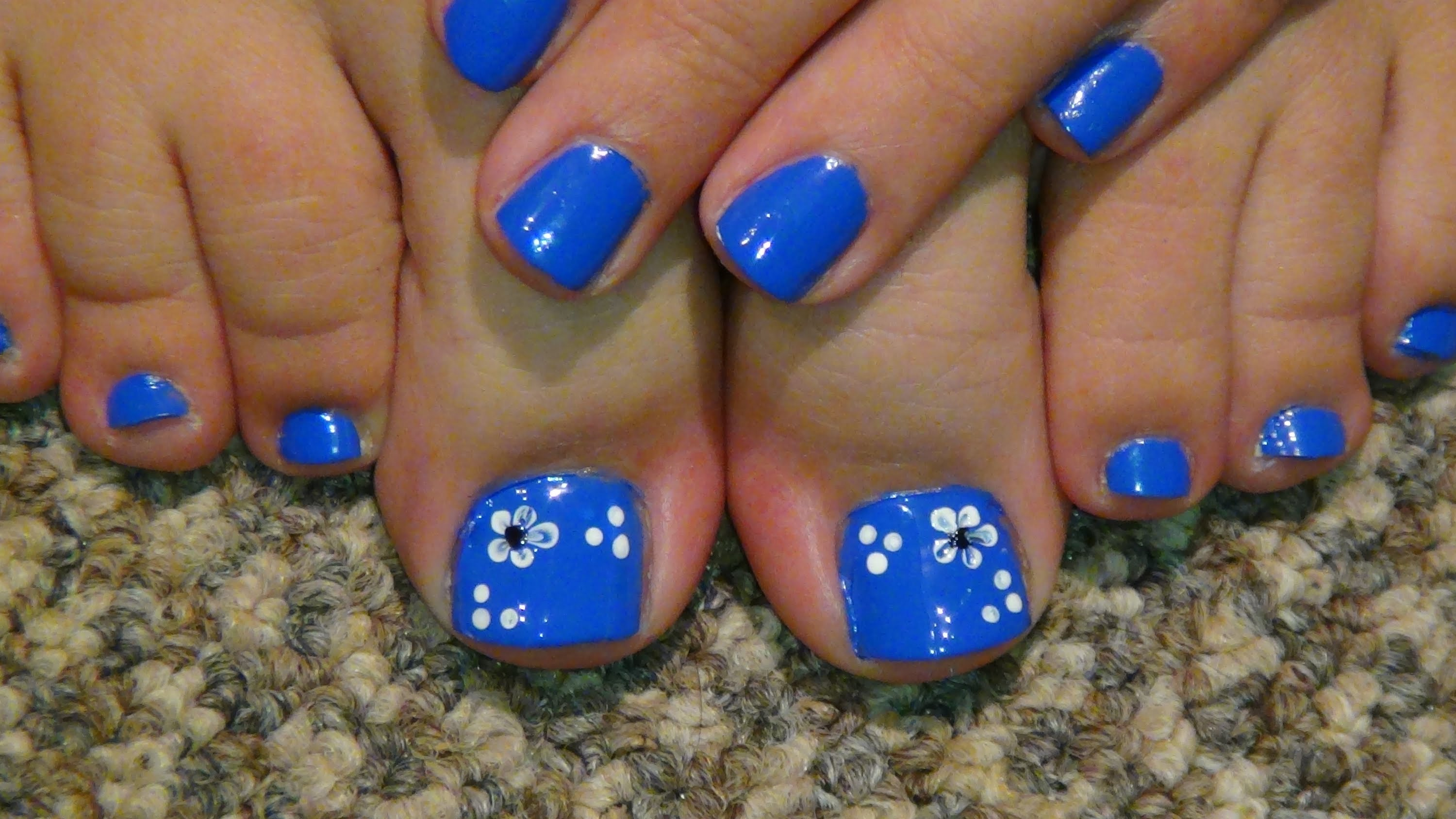 15 Flower Pedicure Designs Images - Pedicure Toe Nail ...