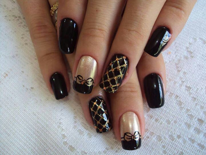 Black and Gold Nail Designs Pinterest