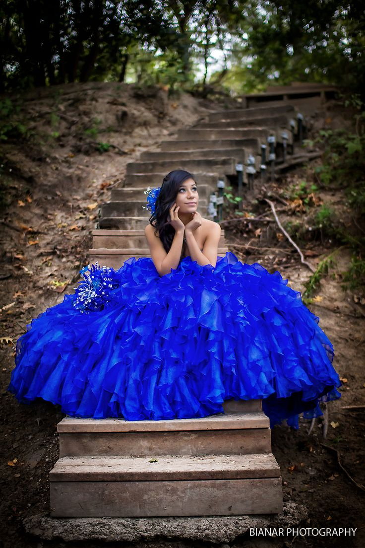 Quinceanera Photography Pose