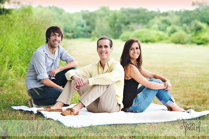 Adult Sibling Family Photo Poses