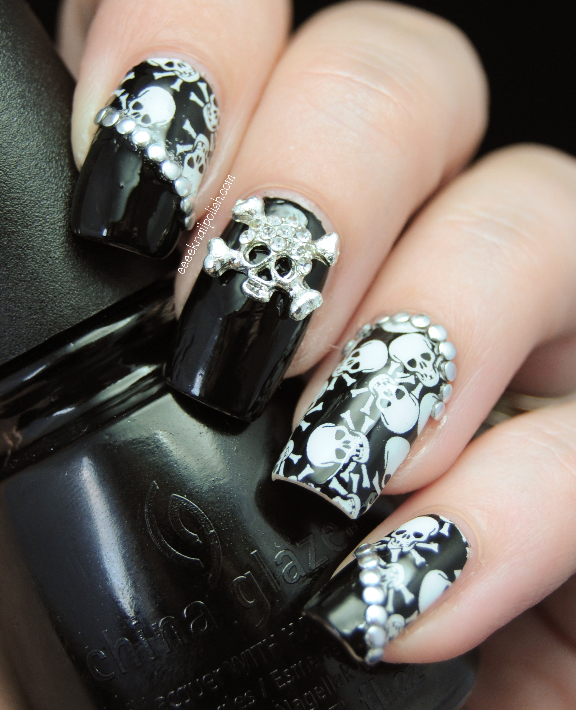 6 Skull Nail Designs Images