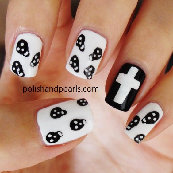 Nail Designs with Skulls