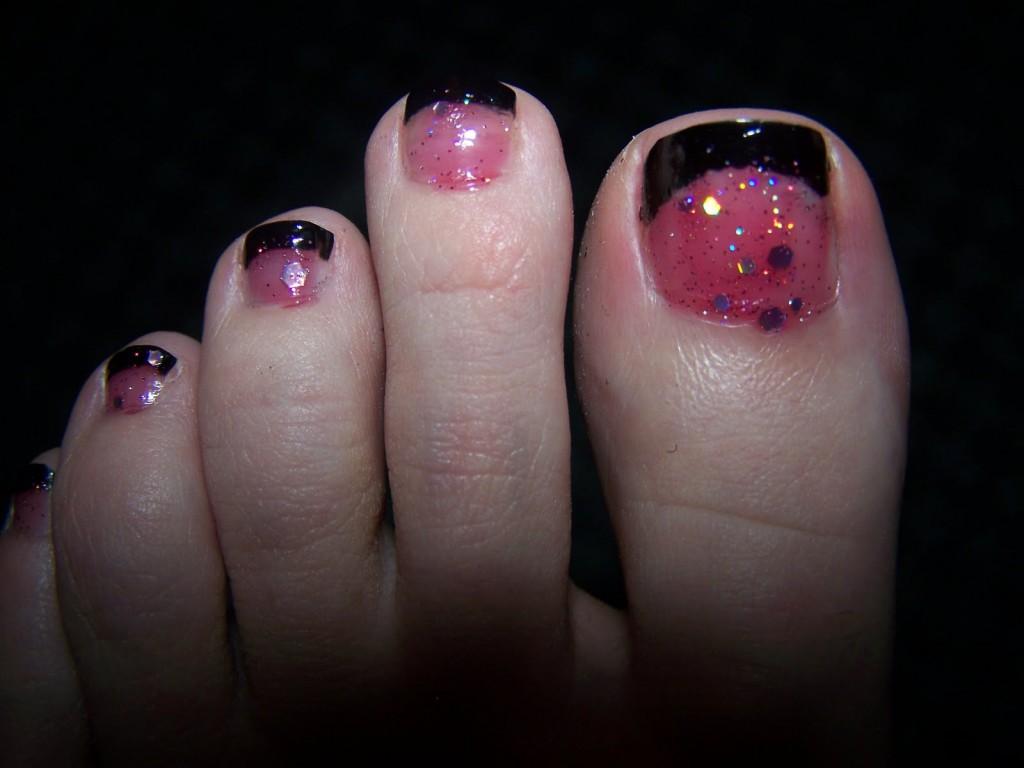 Pink and Black Toenail Pedicure Designs