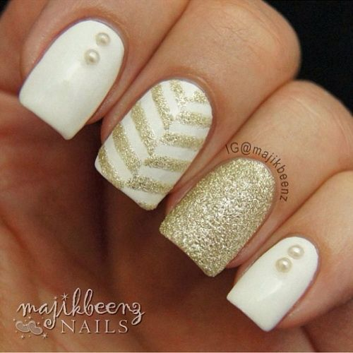 White and Gold Acrylic Nail Designs