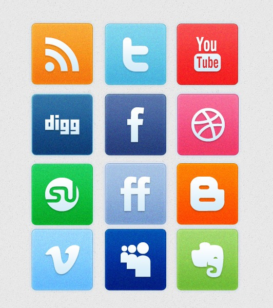13 Social Media Icons PSD Images