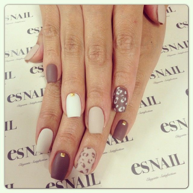 7 Neutral Nail Designs Images