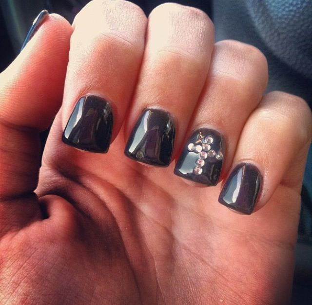 Black Acrylic Nails with Cross