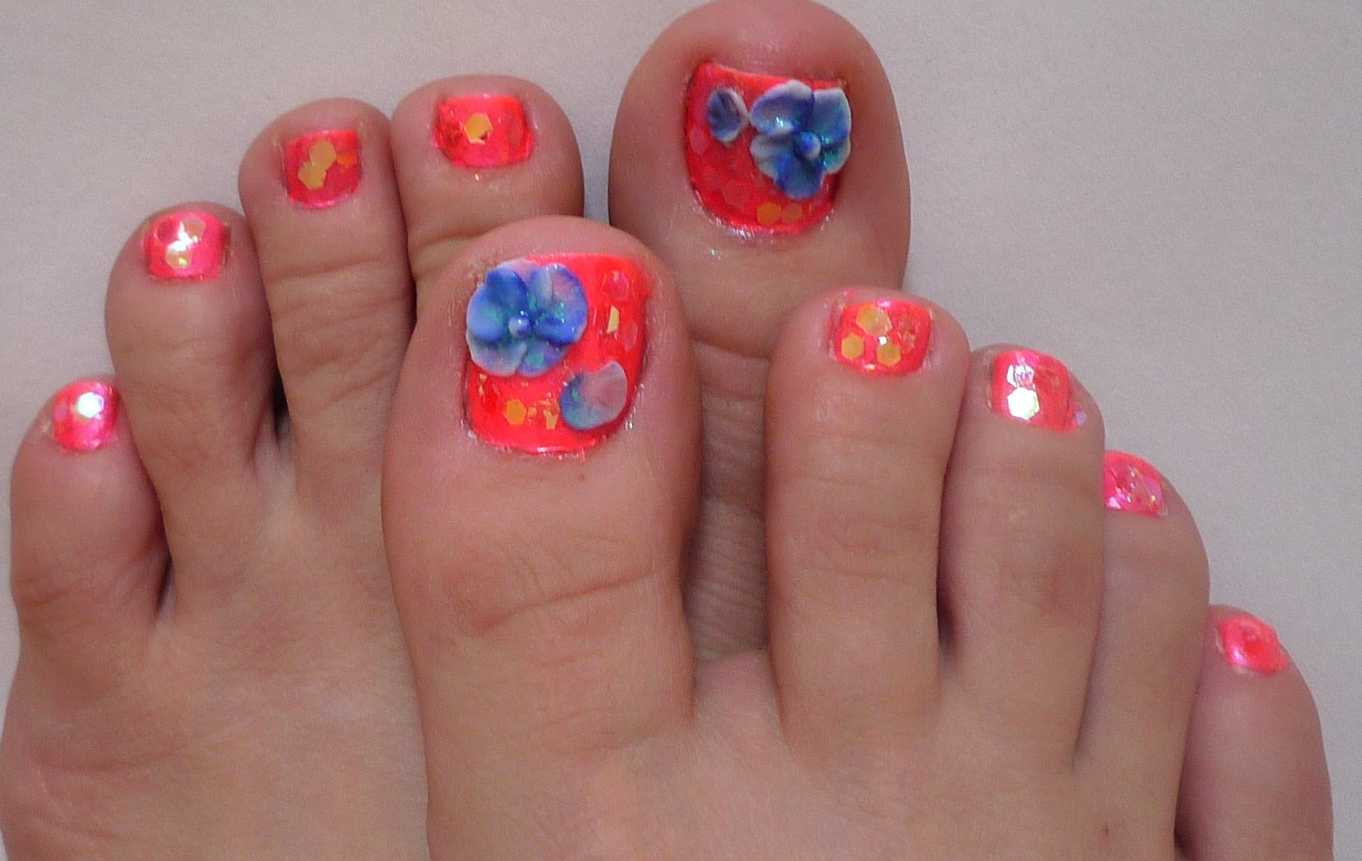 Blue and Red Toe Nails Designs