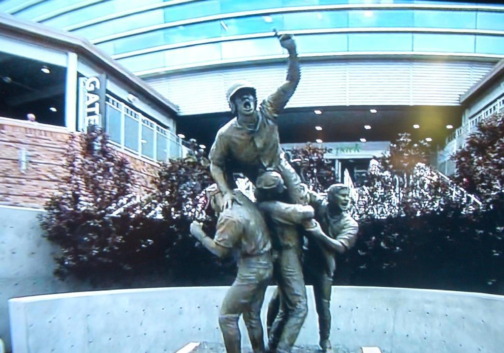 College World Series Omaha Statue
