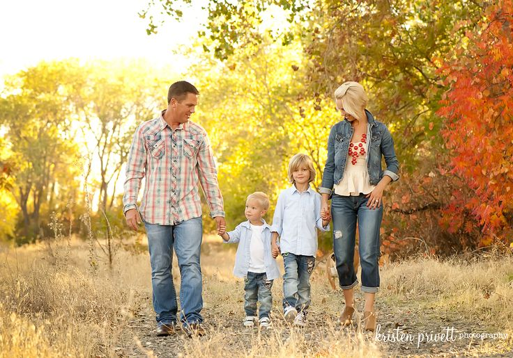 Color Scheme Fall Family Pictures