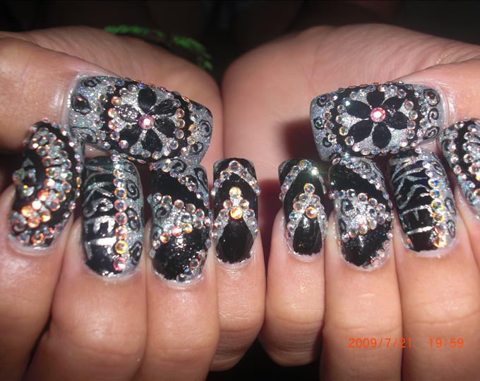 15 bling nail designs images nail art designs with bling bling nail bling prinsesfo Image collections