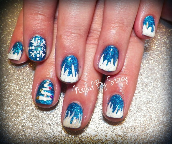 Winter Gel Nails Snowflake
