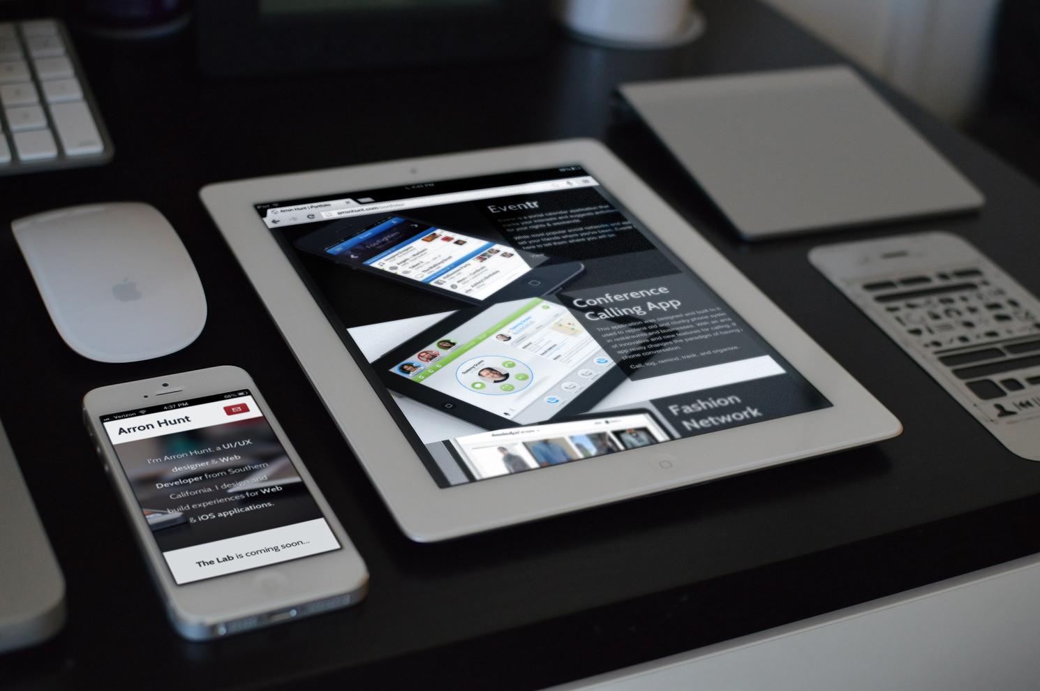 iPad iPhone PSD Template Free
