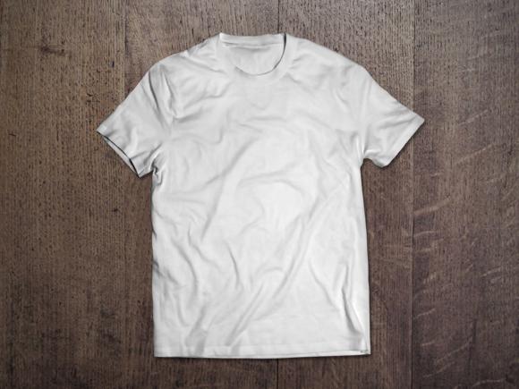 Model T-Shirt Mockup