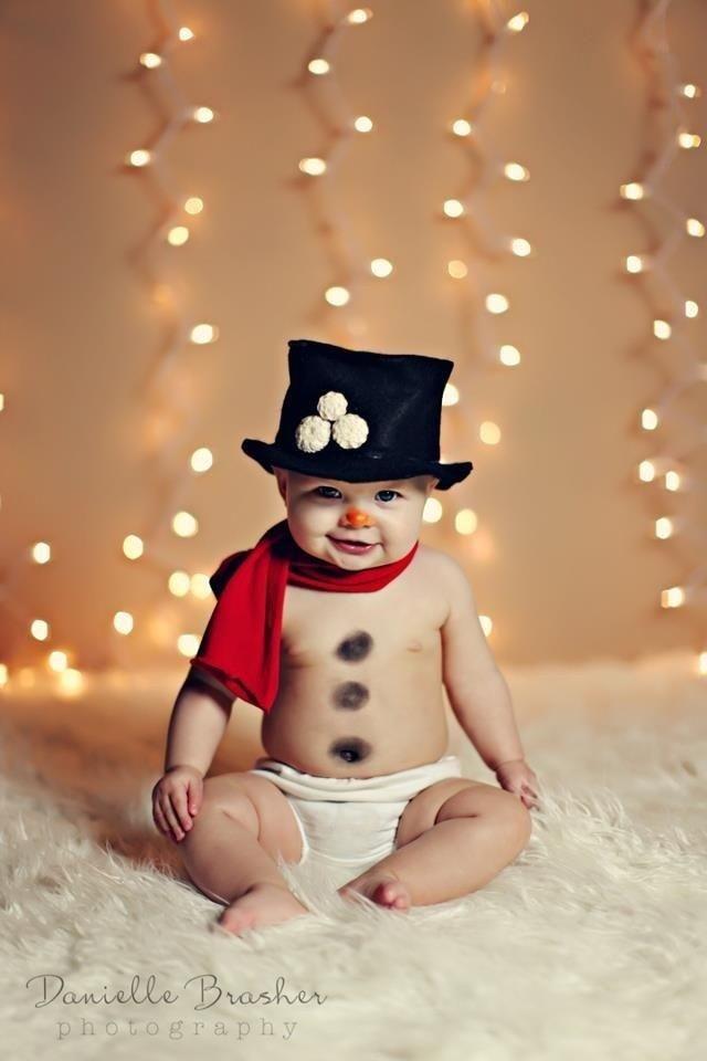12 Newborn Baby Boy Christmas Photography Images