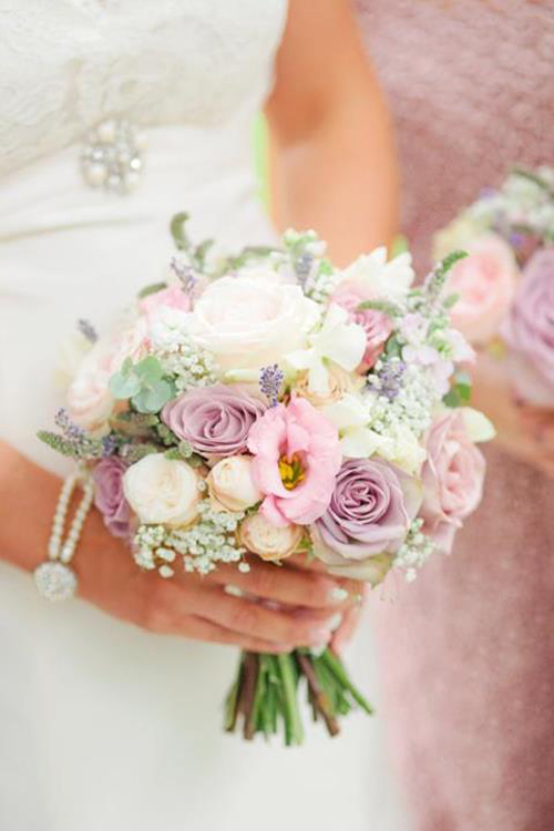 8 Blush Floral Design Images