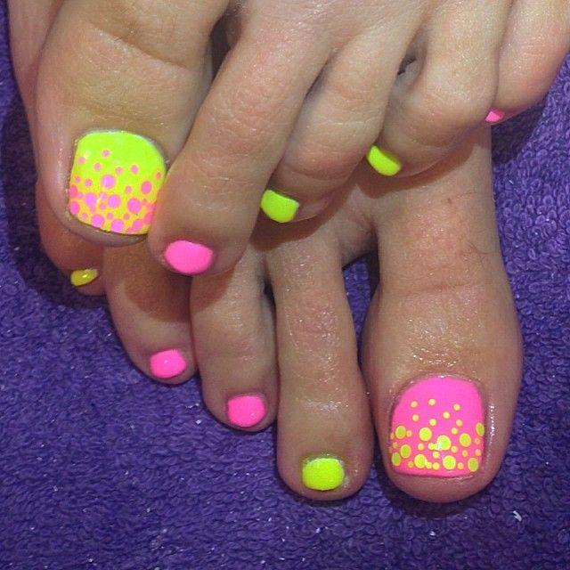 2015 Summer Toe Nail Art Designs