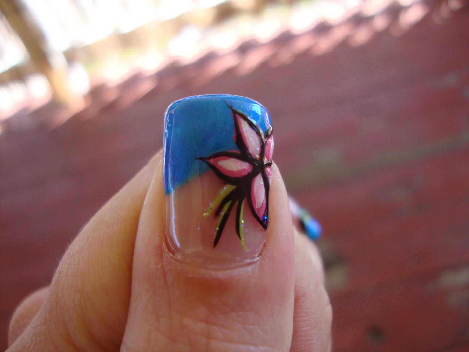 Cute Flower Nail Design