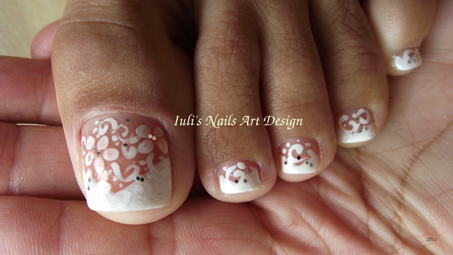 French Pedicure Nail Designs